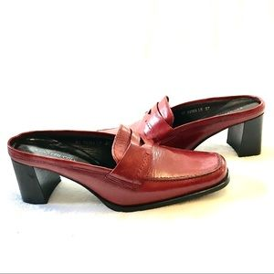 Kenneth Cole New York Red Mules Size 7 Heels 3""